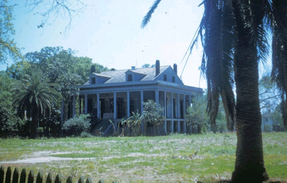TodayInNewOrleansHistory/1950April8GilbertAcademyGouldPlantation.jpg